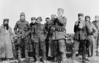 3_men_of_the_2nd_battalion_royal_dublin_fusiliers_with_german_soldiers